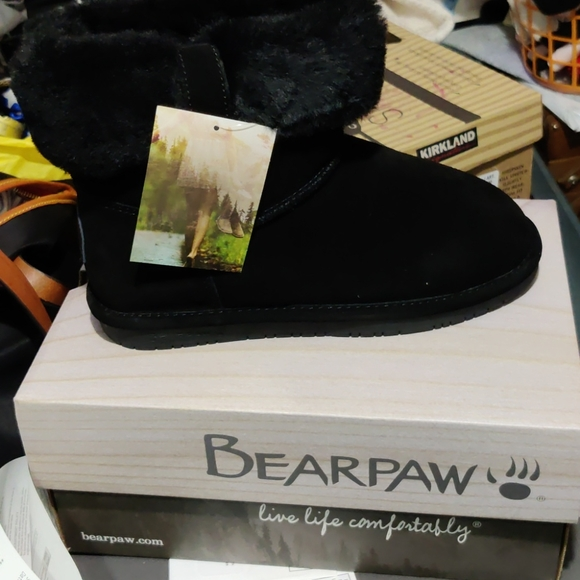 🙉🙈🙊NWT Bearpaws BUNDLE FOR $55